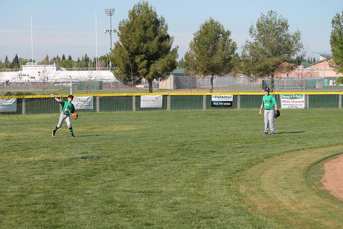 Lakeside Little League Dragons outfielders