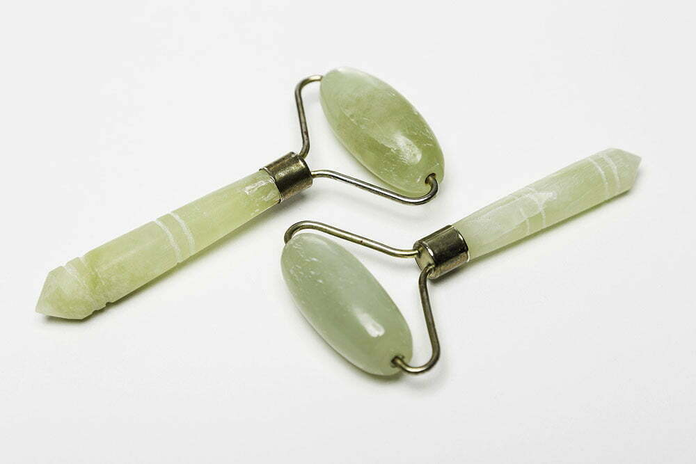 Are Jade Rollers a Holy Grail of Skincare?