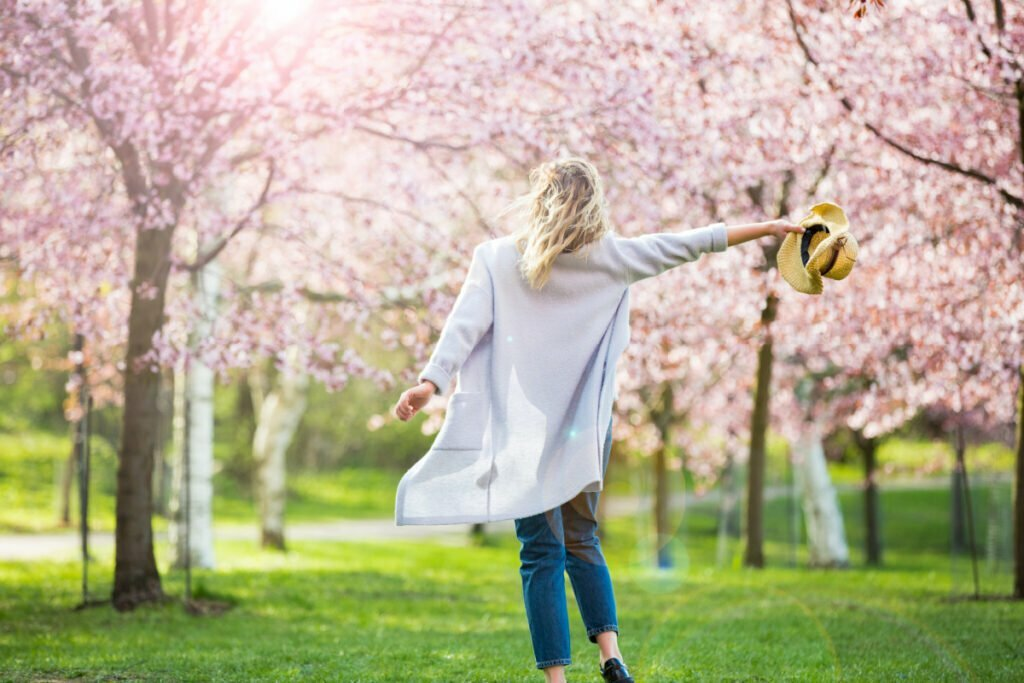 5 Life Hacks to Help You Get Back On Track This Spring